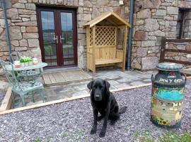 Conwy Pen Cefn Farm Holiday, hotel near Gwrych Castle, Abergele