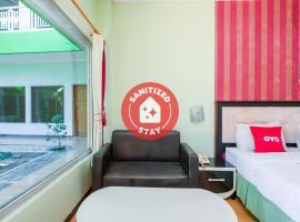 OYO 3749 Hotel Global Inn Syariah, viešbutis mieste Sedati