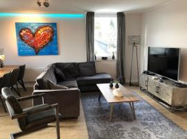 Apartment Heartbeat, hotel with pools in Winterberg
