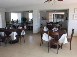 HOTEL LA VILLA, hotel en Torreón