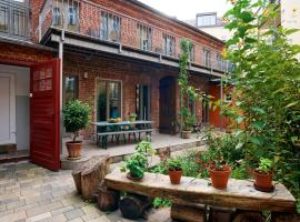 Beautiful and Cozy Remise for up to 6 Guests, feriebolig i Berlin