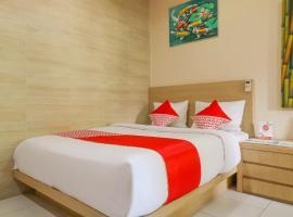 OYO 2581 Ketut Smile, hotel near Kreneng Night Market, Denpasar