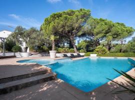 Villa Allegra, hotel with jacuzzis in Saint-Tropez