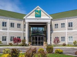 Quality Inn and Suites Newport - Middletown, hotel in Middletown