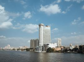 Grand Nile Tower, hotel in Cairo