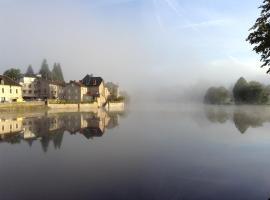 Le Bellerive, hôtel à Peyrat-le-Château