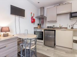 Flat 2, 15 Foregate Apartment - Worcester City Centre, apartment in Worcester