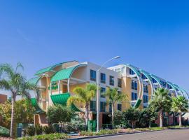 Holiday Inn Oceanside Marina Camp Pendleton, an IHG hotel, hotel a prop de Legoland California, a Oceanside