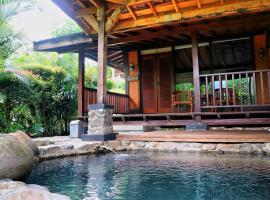 Tirta Arsanta Hot Springs & Villa, villa in Bogor