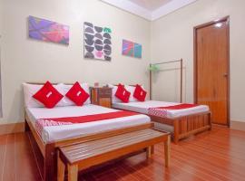 OYO 658 Roccksar Pension, hotel in Puerto Princesa