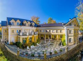 Hotel Stary Zdrój, hotel in Świeradów-Zdrój
