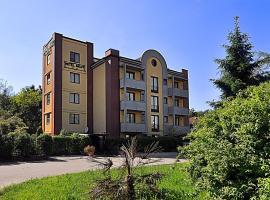 Ascot Lodging, hotel in Cardano al Campo