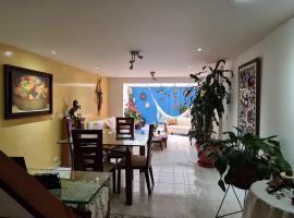 Tu Hogar cerca a la zona T, habitación en casa particular en Bogotá
