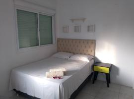 Studio London Tower, self catering accommodation in Passo Fundo