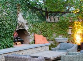 Seven Branches Venue and Inn, hotel in Sonoma