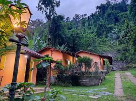 Chalé Ecológico Recanto das Saíras, hotel in Paraty