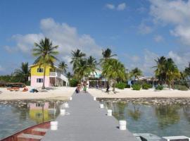 Kingston Bight Accommodations ~ Bar ~ Restaurant, hotel in Head of Bay