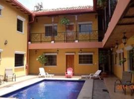 Don Gato Hotel, hotel in Granada