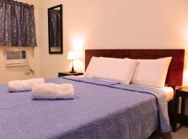 CounTess Pension House, hotel in Liloan