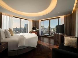 Soleil Boutique Hotel Hanoi, hotel with pools in Hanoi