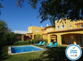 Vitoria Garden CIP, vacation home in Vilamoura