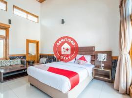 OYO 1210 Nice Guesthouse, hotel near Dusun Bambu, Bandung
