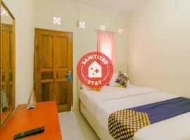 SPOT ON 2750 Ayu Residence Syariah, hotel in Sukabumi