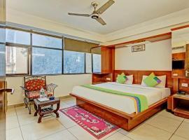 Treebo Trend Hotel Le Grand, Paharganj, hotel near Sansad Bhavan, New Delhi