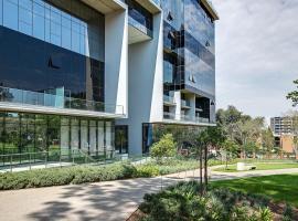 The Park Central Residence, hotel in Johannesburg
