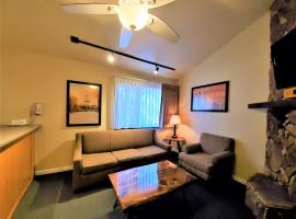 Snow Lake Lodge, serviced apartment in Big Bear Lake