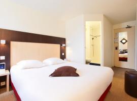Brit Hotel Rouen Nord Mont Saint Aignan, hotel near NEOMA Business School, Mont-Saint-Aignan
