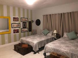 G - Spacious and Comfy Suite near MIA (Apt 6), homestay in Miami