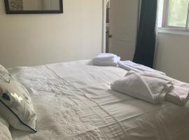 The Swan @ Stoford, hotel in Salisbury