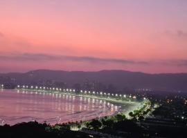 Vista para o mar, hotel with jacuzzis in Guarujá