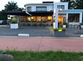 XRohn Hotel, hotel in Hasselt