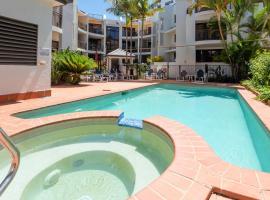 Burleigh on the Beach, serviced apartment in Gold Coast