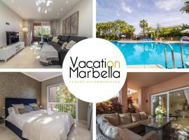 ULTRA-MODERN FLAT STEEPED IN LUXURY ·OASIS ON THE COAST·, luxury hotel in Marbella