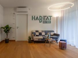 Habitat Guest House, hotel in Trento