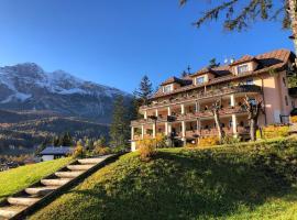 Boutique Hotel Villa Blu Cortina, hotel in Cortina d'Ampezzo