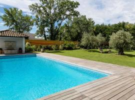 Best Western Plus Le Lavarin, hotel in Avignon