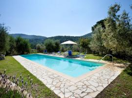 Bagno a Ripoli Villa Sleeps 18 Pool WiFi, hotel in Bagno a Ripoli
