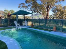 Burnt Creek Cottages, accommodation in Mansfield