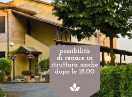 Hotel Ai Tufi, отель в Сиене