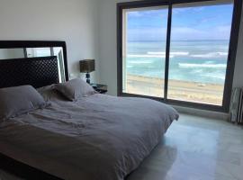 Appartement vue mer, hotel in Casablanca