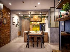 SamBell Boutique-Rattan Vintage style, hotel in Ấp An Xuân