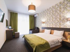 Arena Apart - Hotel, отель в Поляне