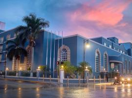 Villa Mercedes Curio Collection By Hilton, hotel near Star Medica Clinic, Mérida