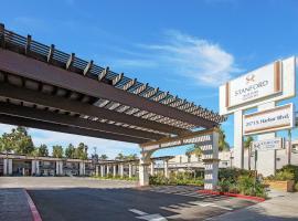 Stanford Inn & Suites Anaheim, hotel near Anaheim Regional Transportation Intermodal Center, Anaheim