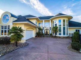 Team Vision Estates, vacation rental in Charlotte