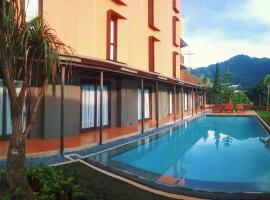 Grand Metro Puncak, hotel near Ciherang Waterfall, Bandung